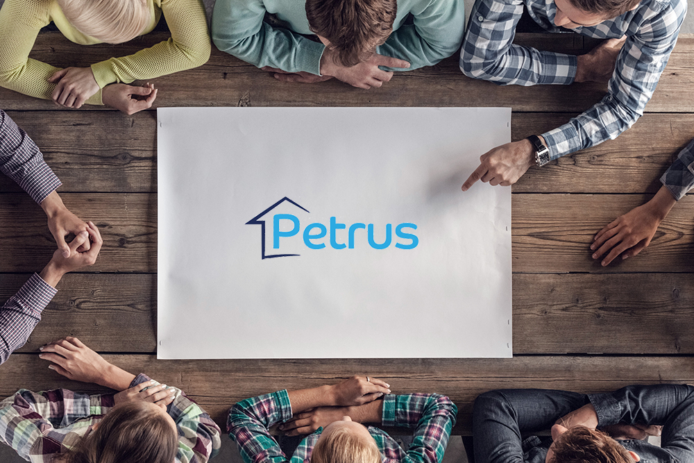 Staff around Petrus poster
